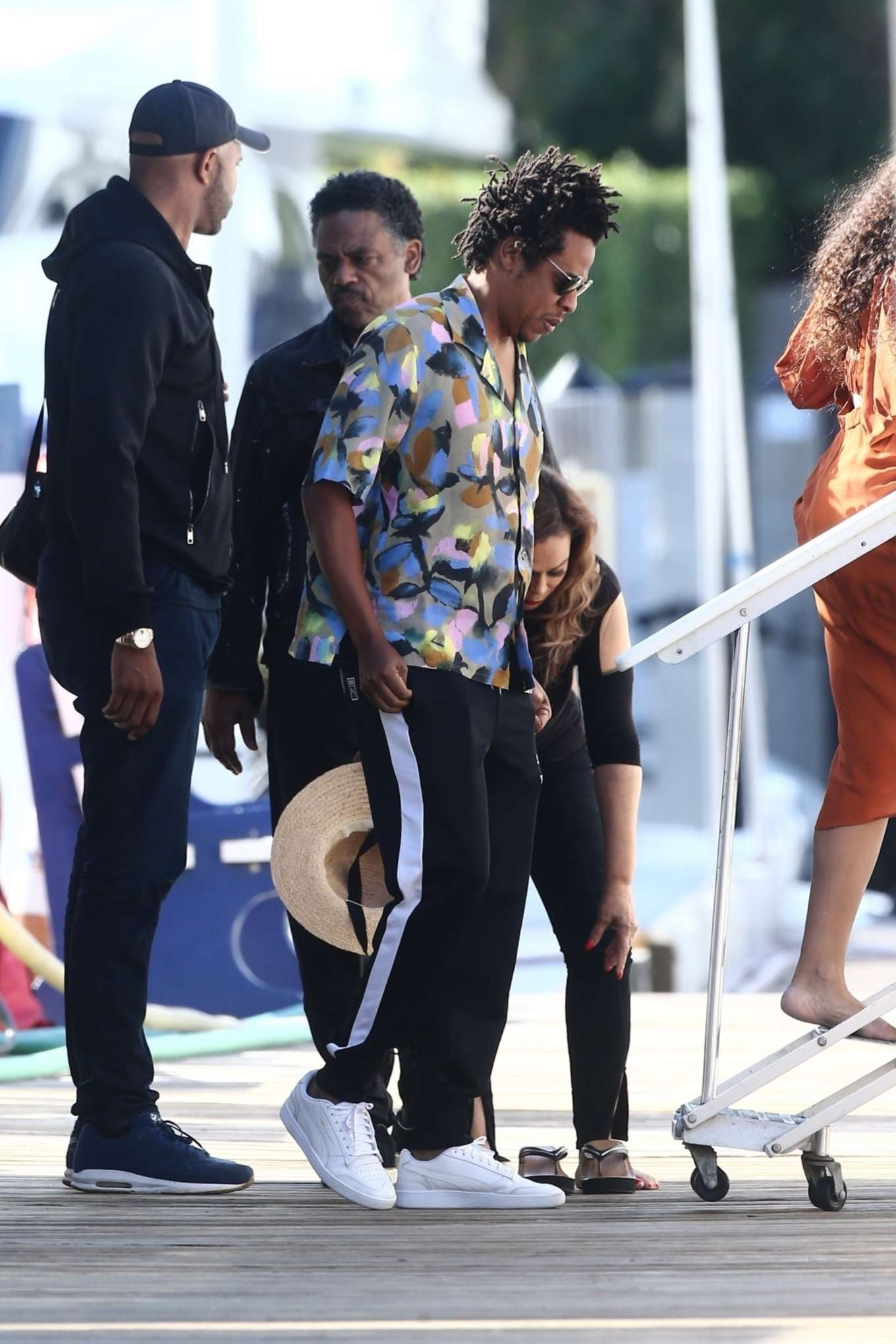 Beyonce – Seen at a local marina in Fort Lauderdale-01