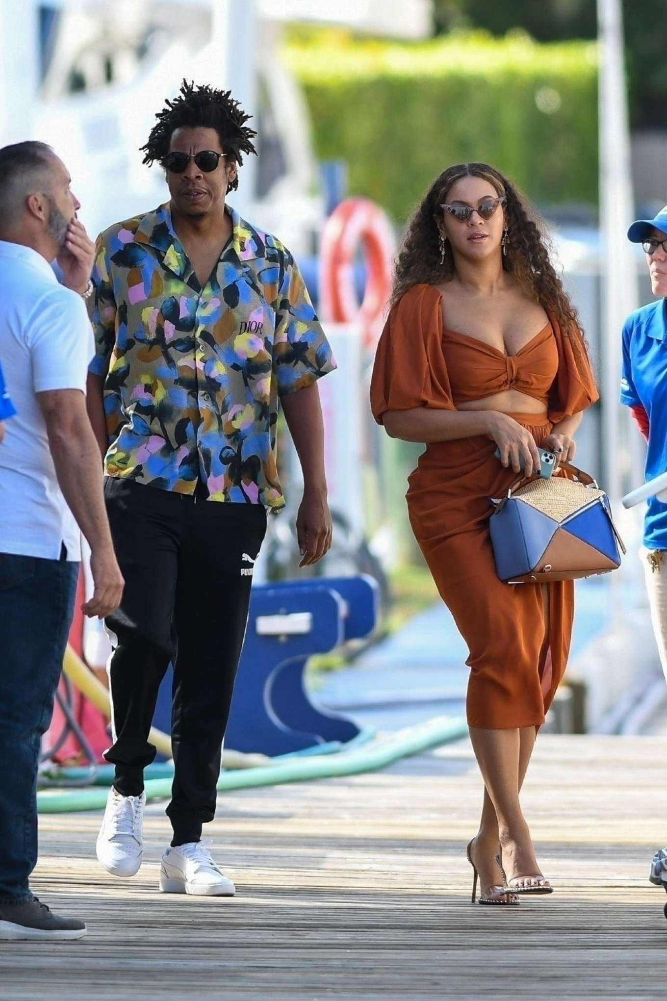 Beyonce 2019 : Beyonce – Seen at a local marina in Fort Lauderdale-02