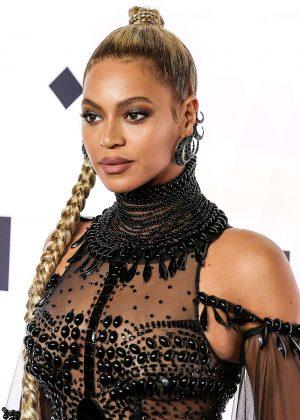 Beyonce: Tidal X 10 15 Concert -01