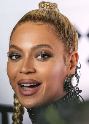 Beyonce: Tidal X 10 15 Concert -02