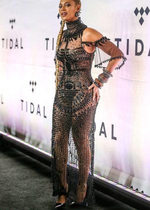 Beyonce: Tidal X 10 15 Concert -03