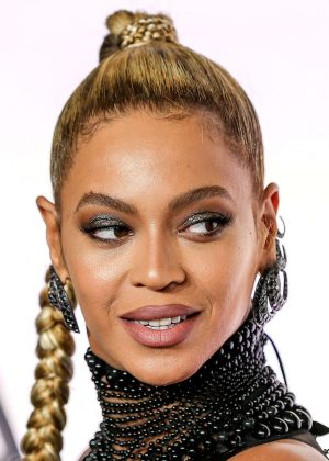 Beyonce: Tidal X 10 15 Concert -04