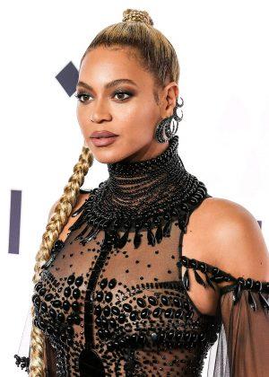 Beyonce: Tidal X 10 15 Concert -06