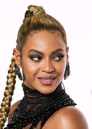 Beyonce: Tidal X 10 15 Concert -23