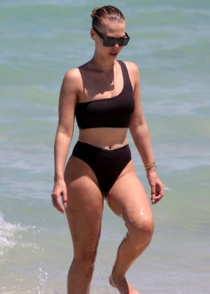 Bianca Elouise in Black Bikini on Miami Beach