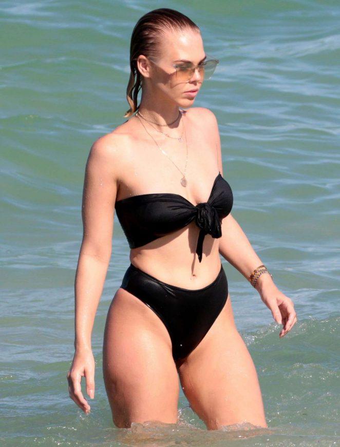 Bianca Elouise in Black Bikini on the beach in Miami