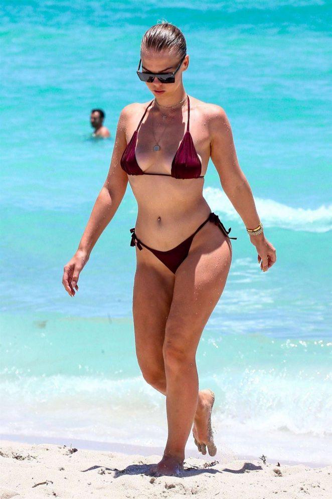Bianca Elouise in Tiny Bikini on the beach in Miami