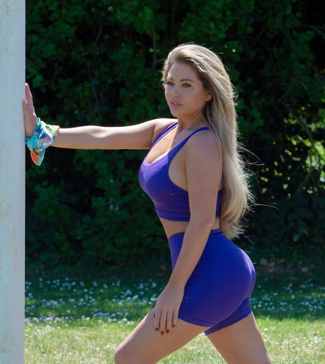 Bianca Gascoigne - Out in a park in Kent
