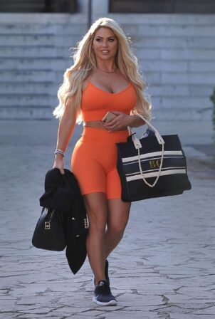 Bianca Gascoigne - Seen in a gym shorts in Romeer