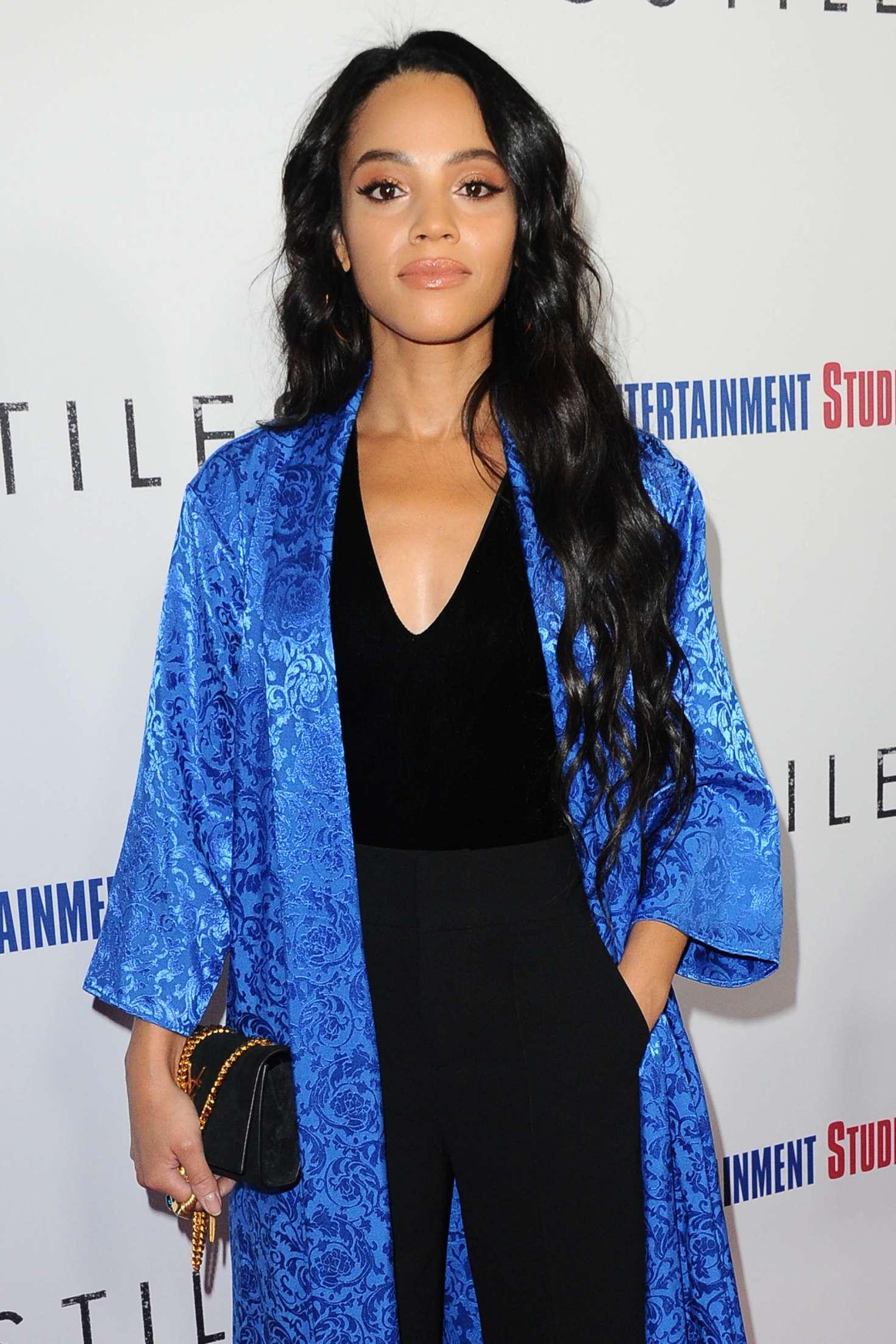 Bianca Lawson - 'Hostiles' Premiere in Los Angeles