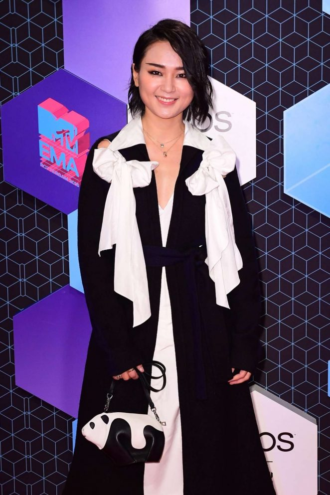 Bibi Zhou - 2016 MTV Europe Music Awards in Rotterdam