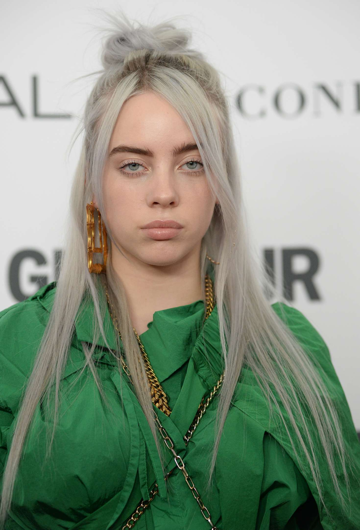 The Year S Of Living Non: Billie Eilish: 2017 Glamour Women Of The Year Awards -01