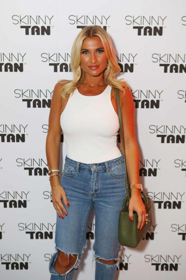 Billie Faiers - Skinny Tan Celeb Launch Party in London
