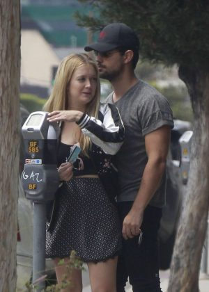 Billie Lourd and Taylor Lautner Shopping in Los Angeles