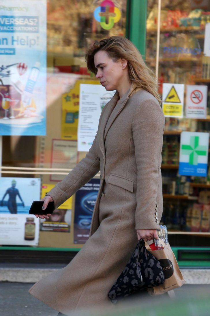 Billie Piper: Out and about in London -06