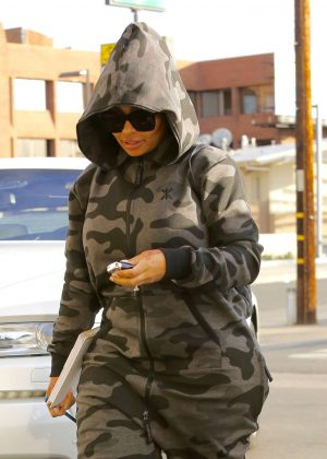 Blac Chyna at nail salon in Los Angeles