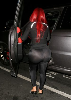 blac chyna in tights at busby�s in hollywood � gotceleb