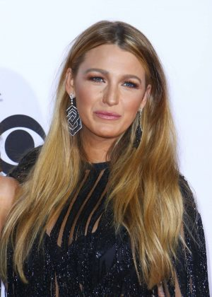 Blake Lively – 2017 People's Choice Awards in Los Angeles  Blake Lively