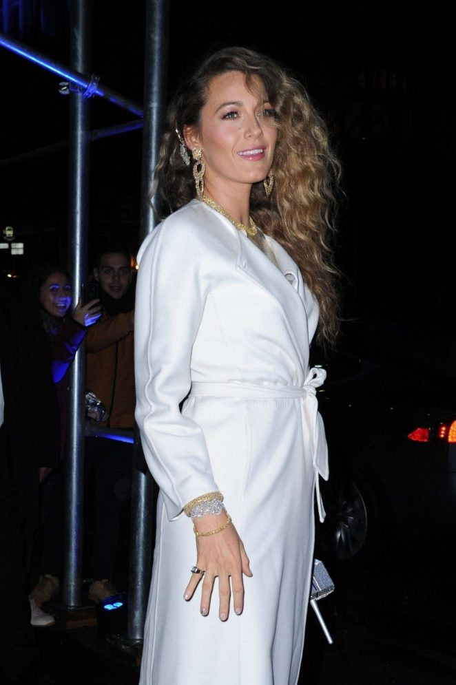 Blake Lively - Arrives at the Versace Fashion Show in New York