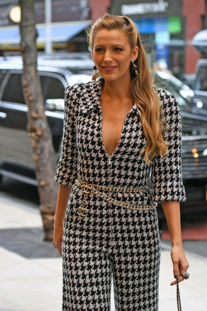 Blake Lively arriving at her hotel in NYC