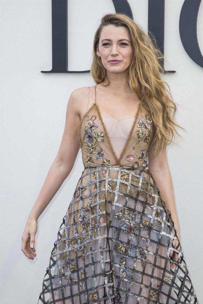 Blake Lively - Christian Dior Fashion Show in Paris