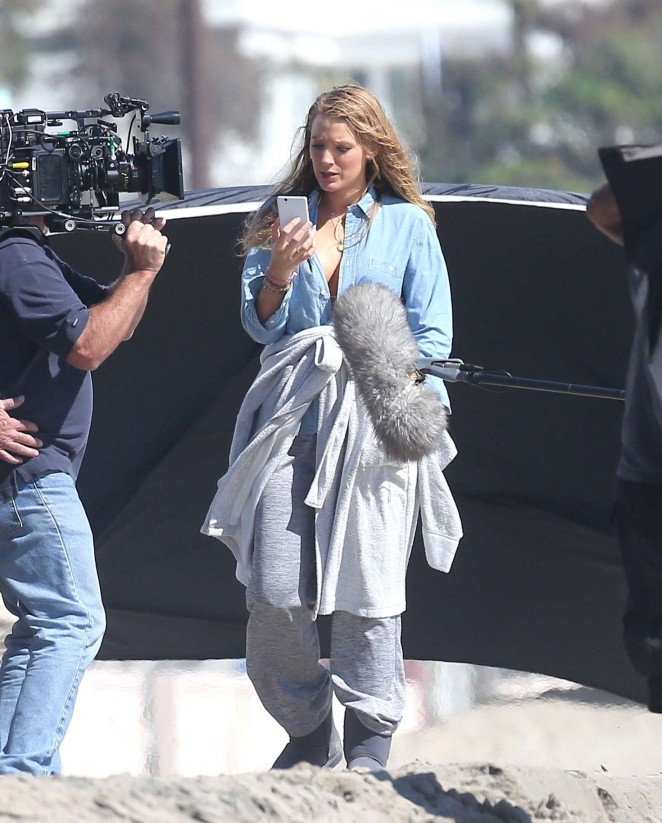Blake Lively – Filming Reshoots for The Shallows on the beach in Malibu