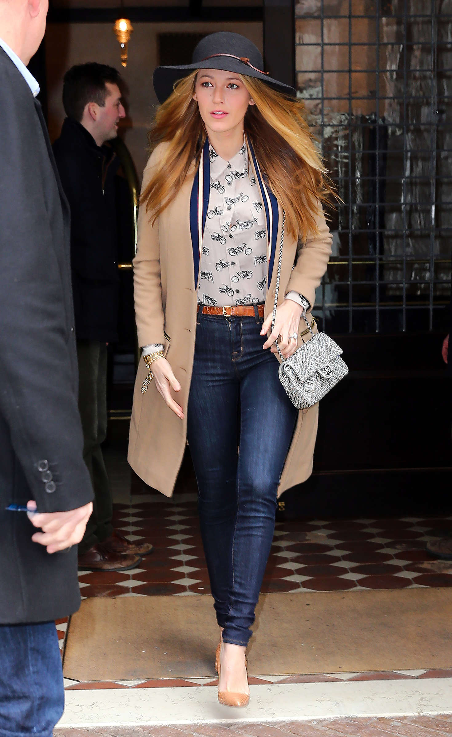 Blake Lively In Jeans Leaving Her Hotel In New York City