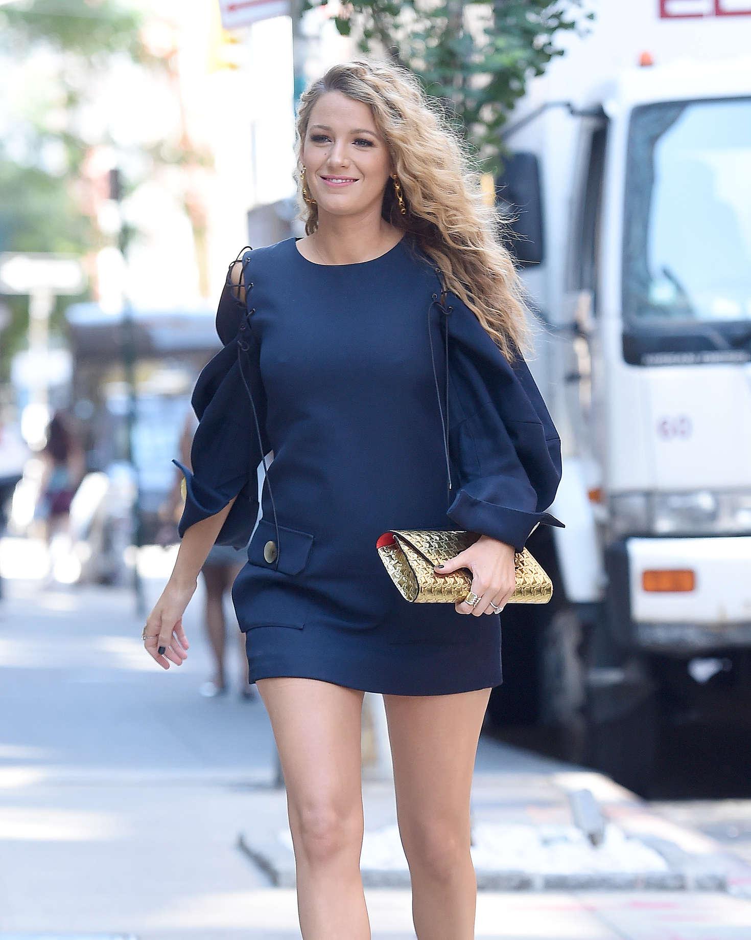 Blake Lively 2016 : Blake Lively in Short Blue Dress -11