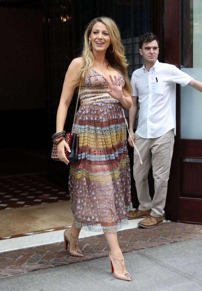 Blake Lively In Summer Dress -01 - GotCeleb