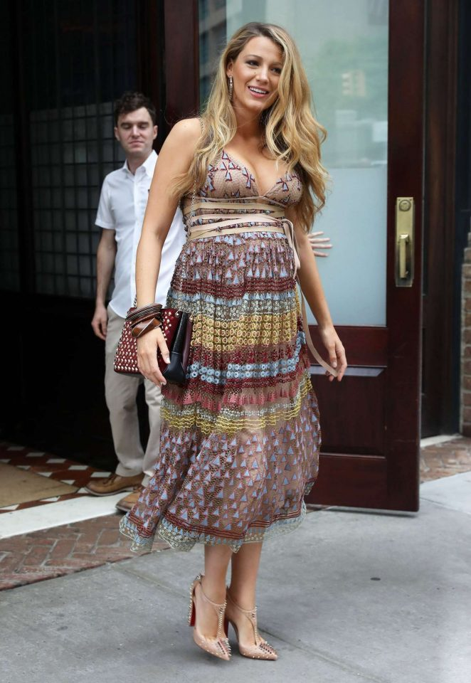 Blake Lively In Summer Dress -06 - GotCeleb