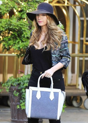 Blake Lively in Tight Pants Leaves Her NY Hotel