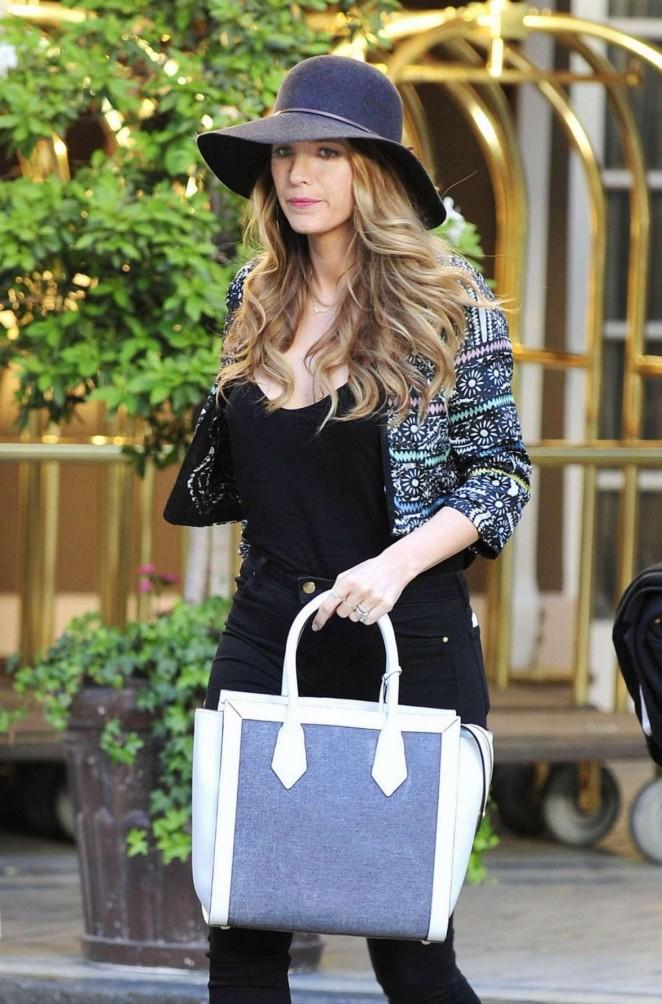Blake Lively – Leaves Her New York Hotel