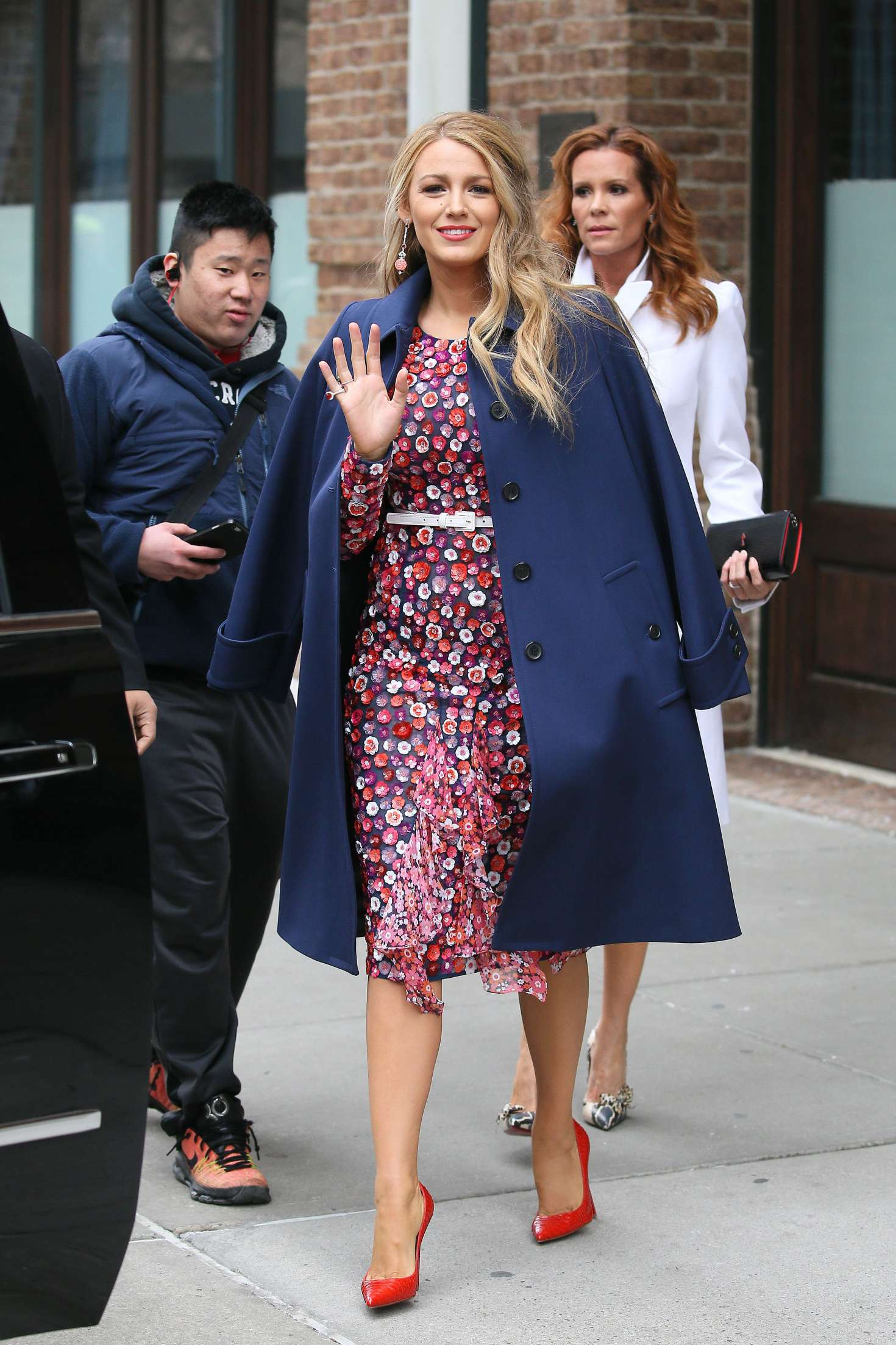 Blake Lively 2017 : Blake Lively: Leaving her hotel in New York City -06