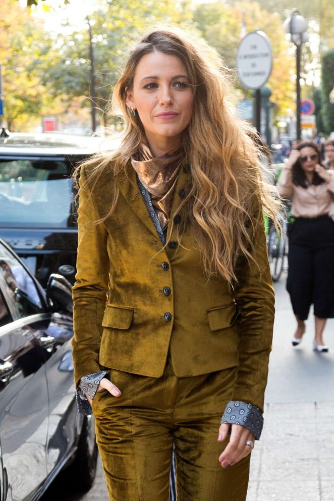 Blake Lively - Leaving her hotel in Paris