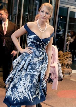 Blake Lively - Leaving her Manhattan hotel in New York