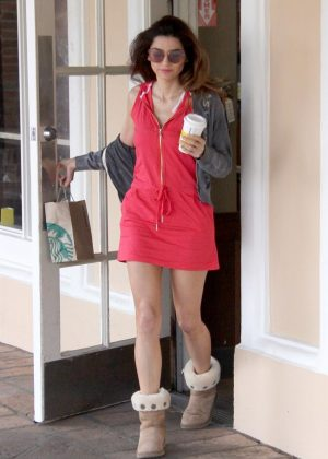 Blanca Blanco  at Starbucks in Malibu