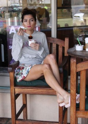 Blanca Blanco gets ice cream in Malibu