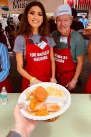 Blanca Blanco - Helps Feed the homeless in Los Angeles