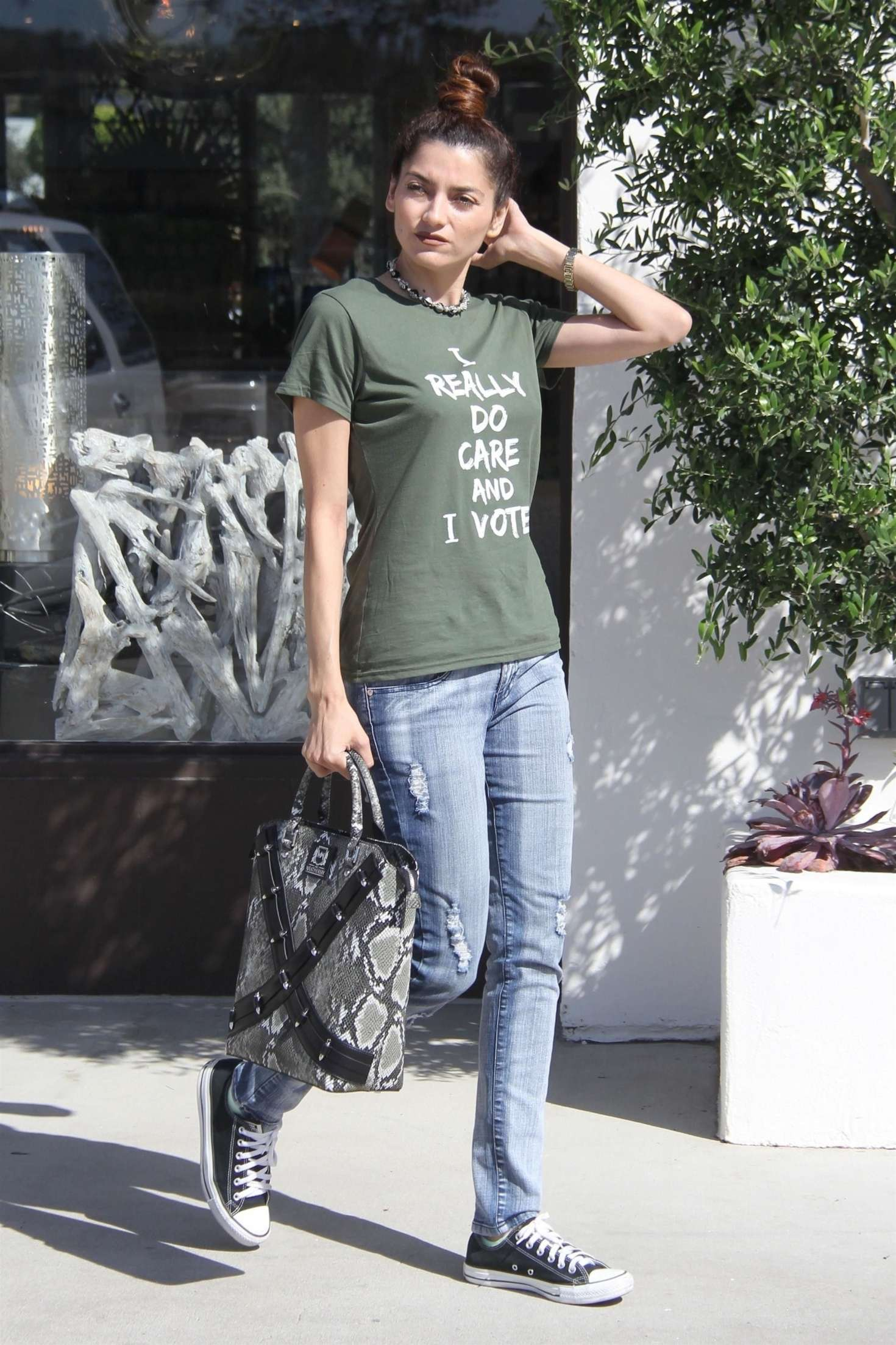 Blanca Blanco In Jeans – Out In Malibu