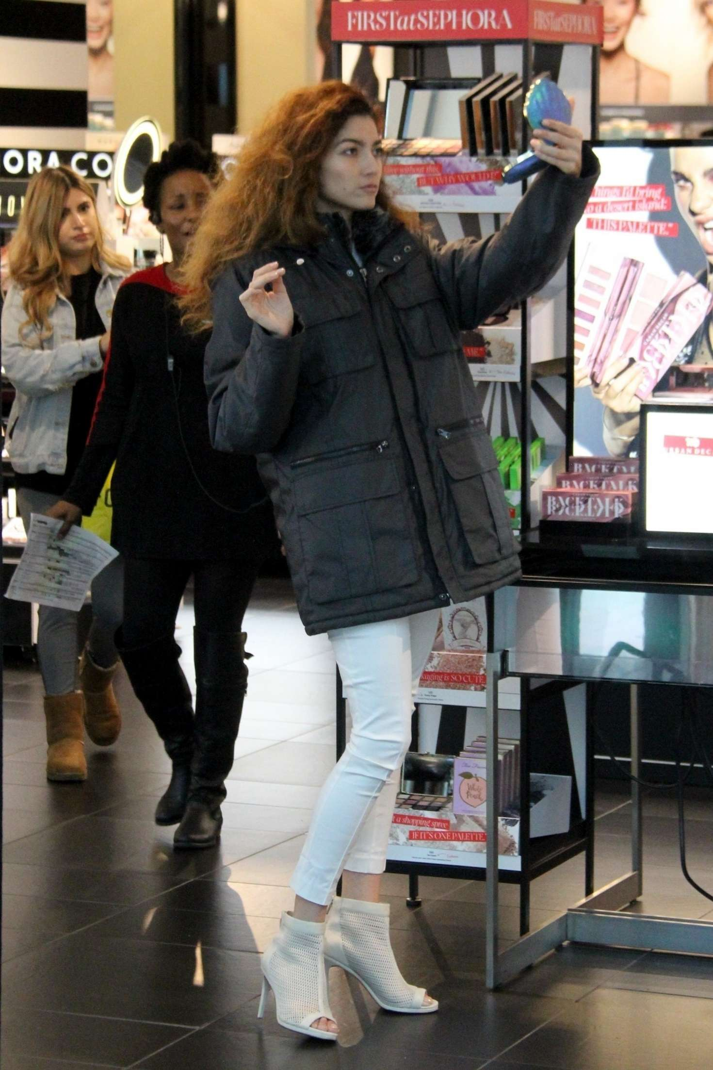 Blanca Blanco 2018 : Blanca Blanco: Out for shopping in Beverly Hills -06