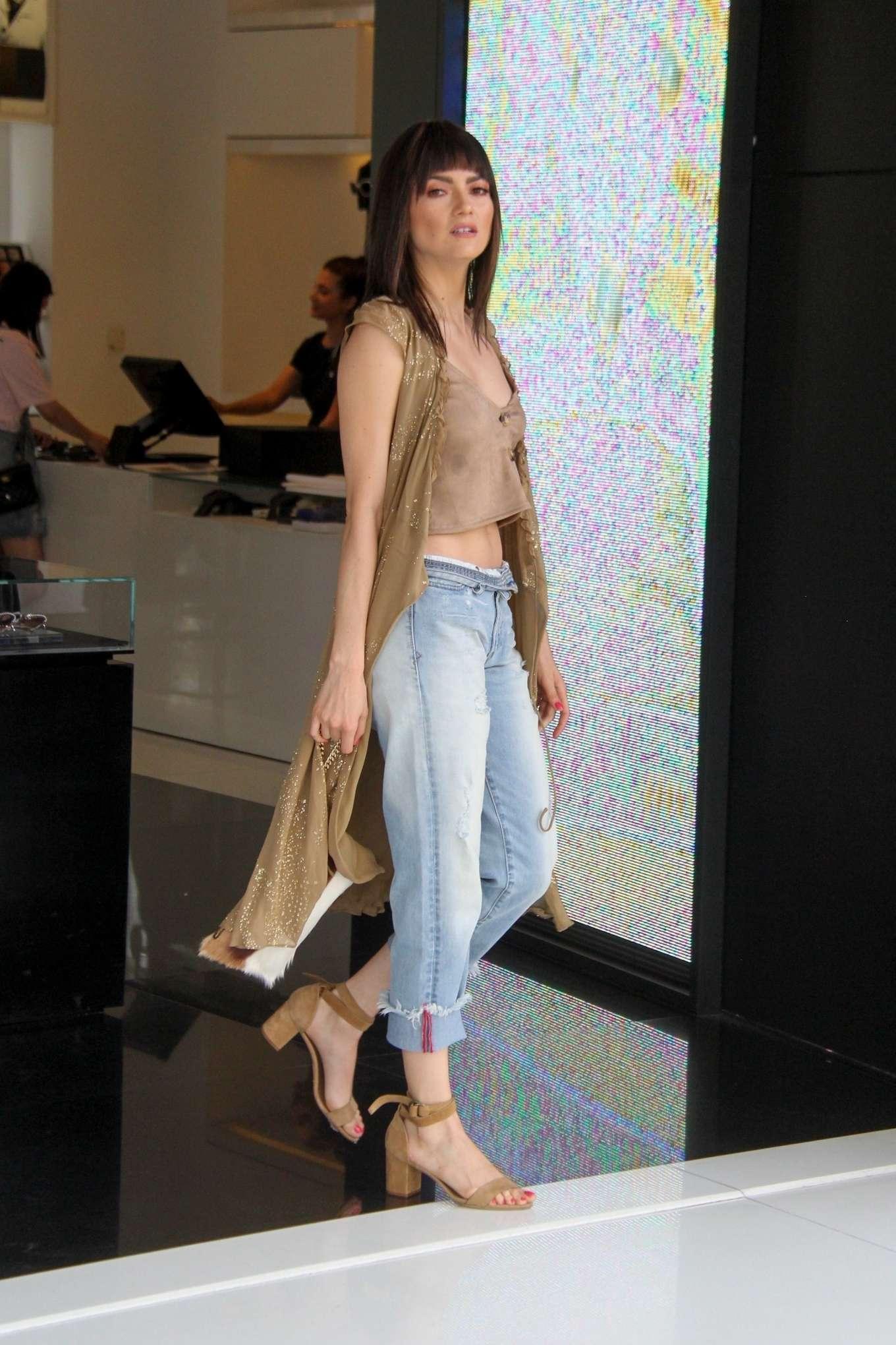 Blanca Blanco 2019 : Blanca Blanco: Shopping at Chanel on Robertson Blvd-07