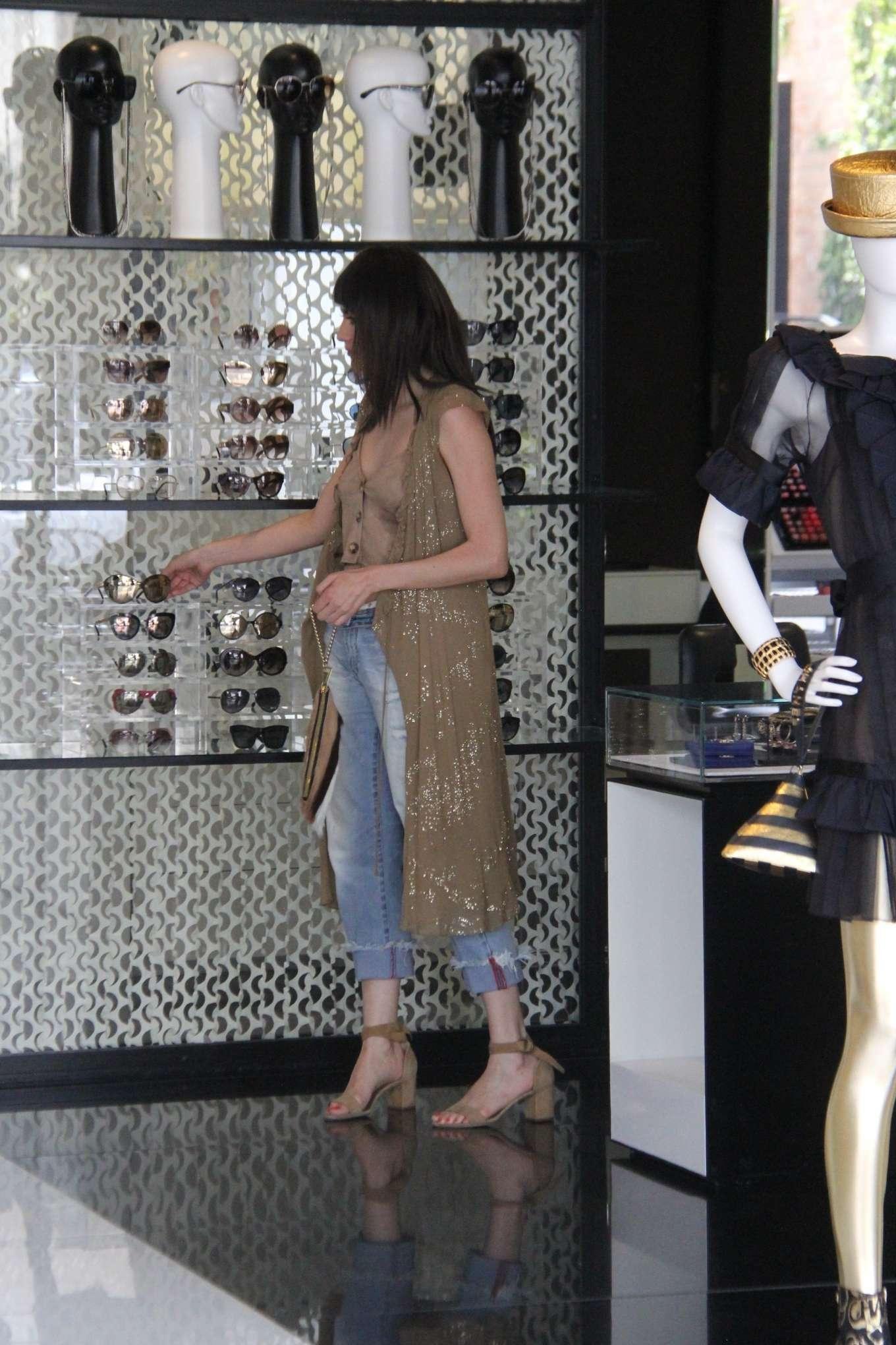 Blanca Blanco 2019 : Blanca Blanco: Shopping at Chanel on Robertson Blvd-15