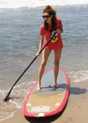 Blanca Blanco tries out stand up paddleboarding in Malibu