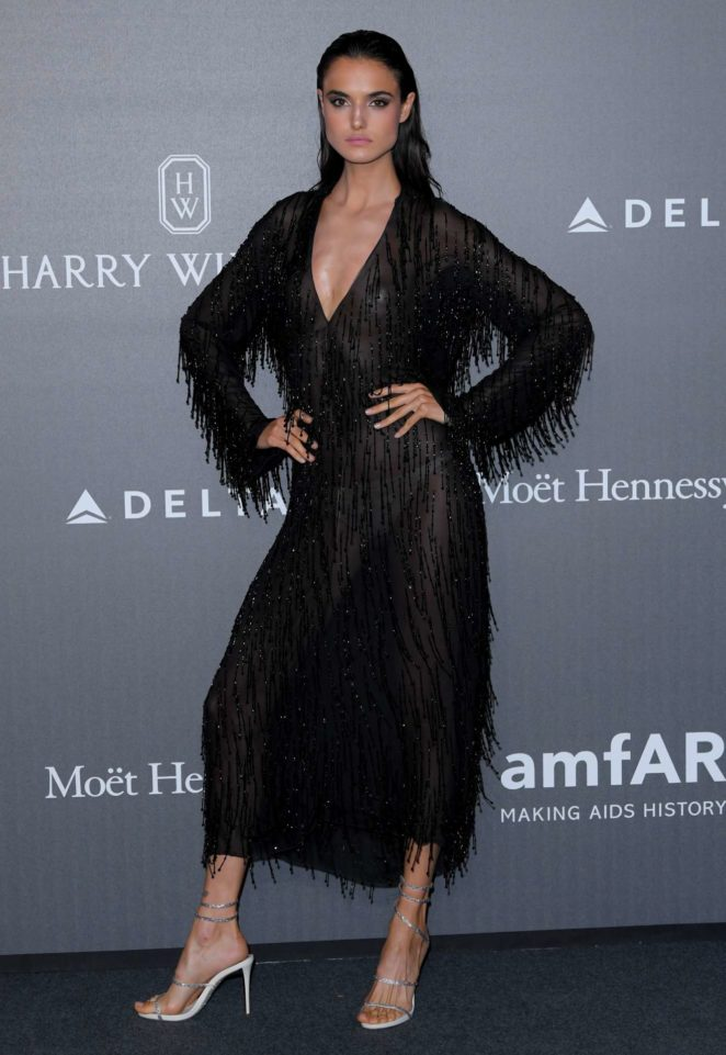Blanca Padilla - 2017 AmfAR gala at Milan Fashion Week