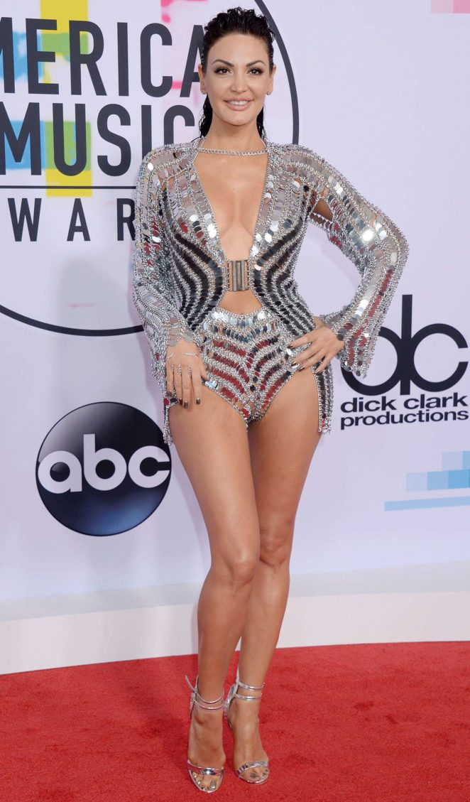 Bleona - 2017 American Music Awards in Los Angeles
