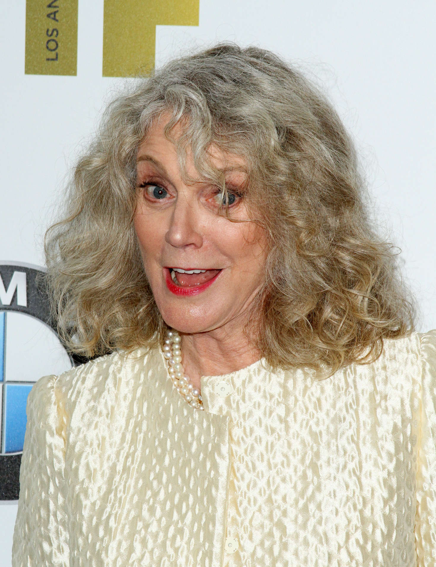 Blythe Danner Women In Film 2016 Crystal Lucy Awards 03