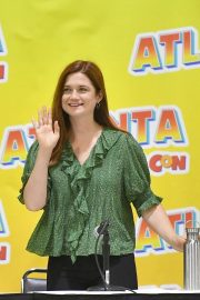 Bonnie Wright - 2019 Atlanta Comic Con at Georgia World Congress Center in Atlanta