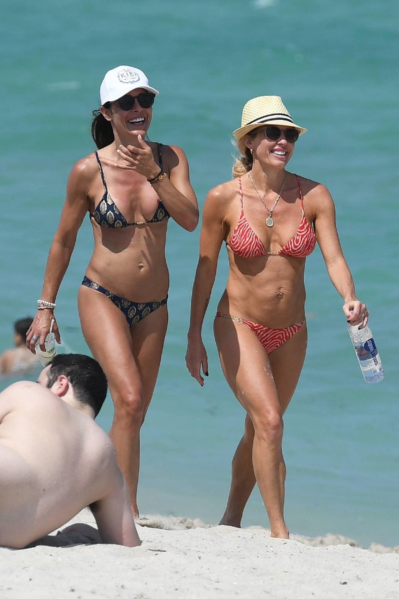 Braunwyn Windha-Burke 2021 : Braunwyn Windham-Burke – In a red bikini with Fernanda Rocha on the beach in Miami-17