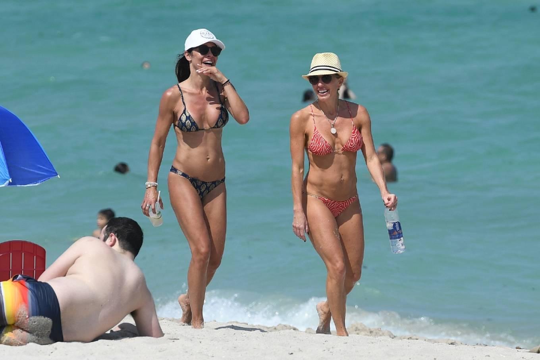 Braunwyn Windha-Burke 2021 : Braunwyn Windham-Burke – In a red bikini with Fernanda Rocha on the beach in Miami-27