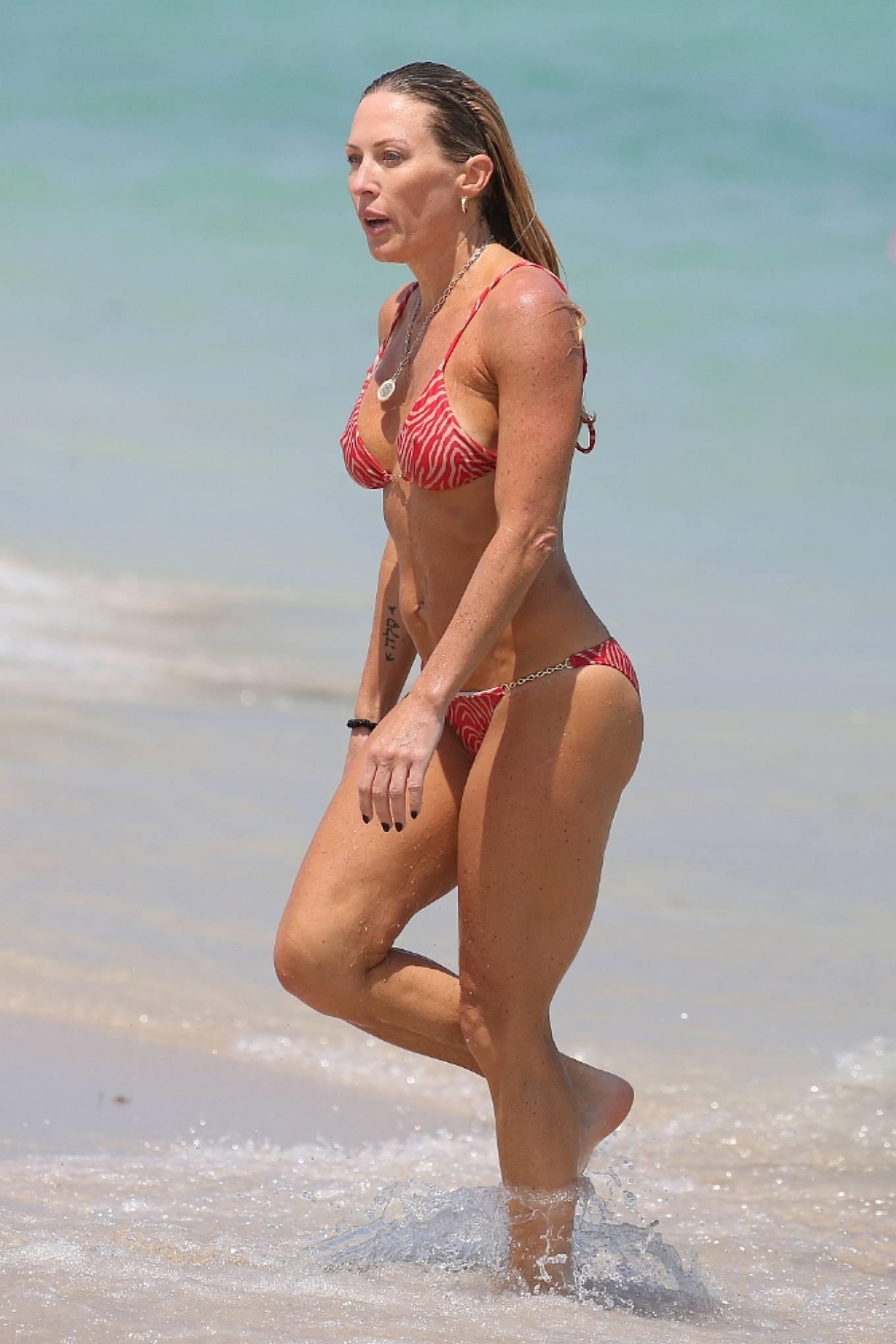 Braunwyn Windha-Burke 2021 : Braunwyn Windham-Burke – In a red bikini with Fernanda Rocha on the beach in Miami-31